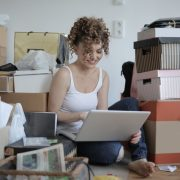 How does clutter affect our mindset?